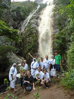 Caminhada até uma cachoeira: fonte de vida!