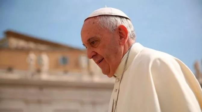 Papa recorda que droga é nova forma de escravidão que envenena e mata