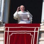 Angelus: Deus não deixa o homem à mercê do seu mal, diz Papa