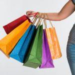 Pesquisa revela que jovens compram por impulso
