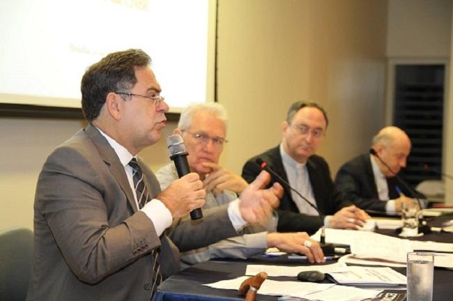 Conselho Permanente aprofunda reflexão sobre realidade econômica brasileira