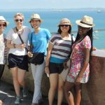 Comissão prepara Guia de Acolhida para Estudantes Estrangeiros