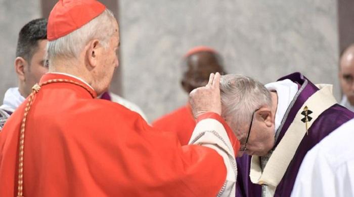 Papa alerta para as tentativas de banalizar a vida