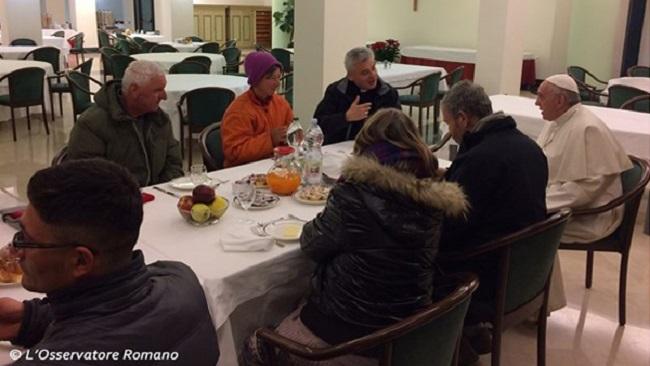 Papa destaca valor das associações de caridade