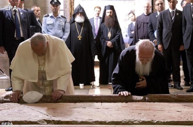 Francisco e Bartolomeu I juntos no Egito pela paz