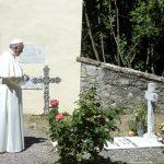 Papa sai do Vaticano em peregrinação a túmulos de padres do século XX