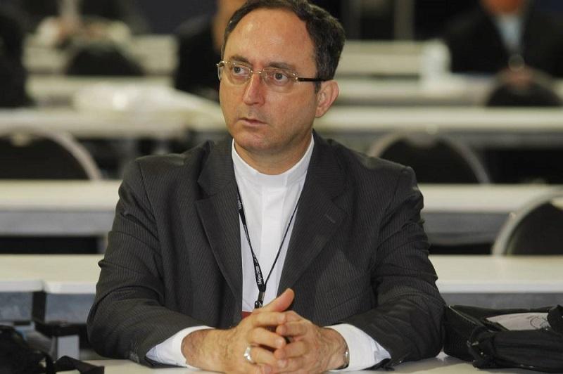 Não responder intolerância com intolerância, diz Dom Sergio da Rocha