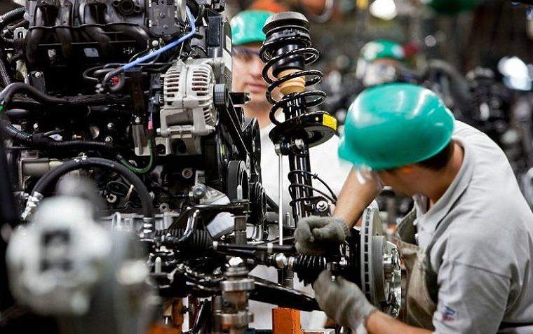 Indústria cresce 1,5% nos primeiros oito meses do ano, segundo IBGE