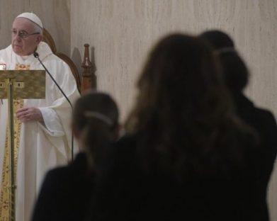 Papa: para amar a Deus, é preciso amar o irmão