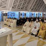 Papa: que os cristãos se abram com docilidade à voz do Senhor, sem teimosia