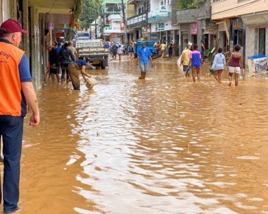 Chuvas no sul do Espírito Santo: arquidiocese de Vitória mobiliza paróquias para arrecadar doações