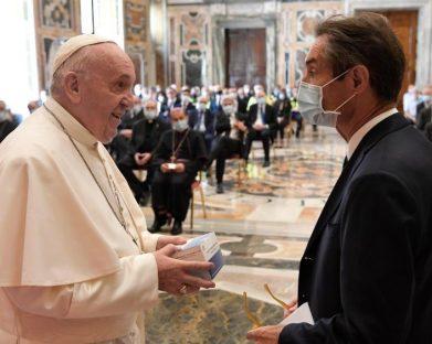 Papa aos heróis da pandemia: o início de um milagre