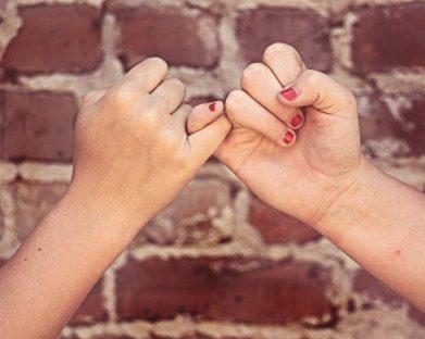 As três fases para formação de uma boa amizade