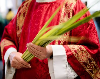 7 tradições da Missa do Domingo de Ramos e seus simbolismos